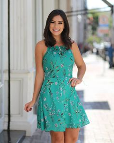 Floral Dress Outfits, Summer Dress Outfits, Casual Summer Dresses, Frock Fashion, Fashion Dresses, Floral Homecoming Dresses, Quinceanera Dresses, Ankara Gown Styles, Floral Playsuit