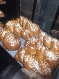 Happy Easter, Bread, Food, Happy Easter Day, Breads, Baking, Meals, Yemek, Sandwich Loaf