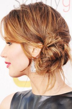 Jennifer Lawrence Side Bun Updo - How To Do Jennifer Lawrence Updo as Told by He. - Jennifer Lawrence Side Bun Updo - How To Do Jennifer Lawrence Updo as Told by Her Stylist. Side Bun Updo, Side Bun Hairstyles, Wedding Bun Hairstyles, Classic Hairstyles, Cool Hairstyles, Side Buns, Side Ponytails, Updo Hairstyle, Braided Updo