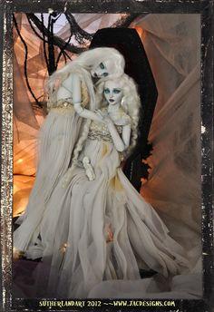Sisters Vampire Twins bjd ...Jennifer Sutherland doll artist