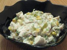 Salată de pui cu porumb şi sos de iaurt Ratatouille, Risotto, Potato Salad, Food To Make, Foodies, Food And Drink, Cooking, Ethnic Recipes, Romania