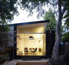 A Bright New Addition to a Single-Story Home in Sydney