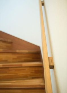 Wood Stair Handrail, Wall Mounted Handrail, Modern Stair Railing, Modern Stairs, Railing Design, Wood Stairs, Basement Stairs, House Stairs, Staircase Design