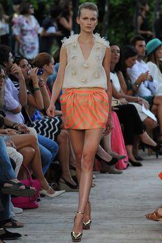 Fotos de Pasarela | DelPozo Primavera Verano 2013 Mercedes-Benz Fashion Week Madrid | 16 de 38 | Vogue