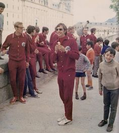 Johan Cruyff con gafas y comiendo helado xD