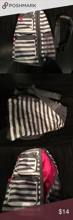 31 backpack.  NWOT 31 backpack NWOT grey , white with pink lining. thirty one Bags Backpacks