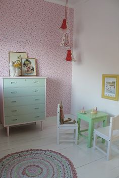 // LOVE the one wallpapered wall and the colors // #Babykamer #nursery | husetvedfjorden