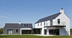 Paul McAlister Architects - The Barn Studio, Portadown, Northern Ireland… House Designs Ireland, Cool House Designs, Style At Home, Rural House, Modern Farmhouse Exterior, Farmhouse Plans, Exterior House Colors, Exterior Design, Architect House