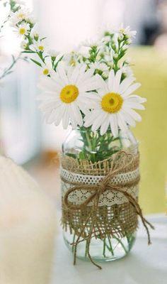 7 Must Have Summer Wedding Flowers - DIY Wedding Ideas - Blumenkranz Wedding Favors And Gifts, Summer Wedding Favors, Summer Wedding Decorations, Creative Wedding Favors, Inexpensive Wedding Favors, Elegant Wedding Favors, Rustic Wedding Centerpieces, Diy Wedding, Fall Wedding