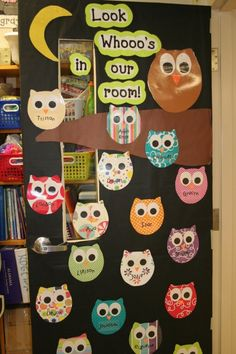 "Lee's Kindergarten: New Classroom door decoration of owls ""Look Whooos"" Preschool Bulletin, Preschool Crafts, Toddler Bulletin Boards, Owl Bulletin Boards, Preschool Door, Owl Crafts, Preschool Ideas, Teaching Ideas, Owl Theme Classroom"