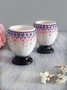 Dot Art Painting, Mandala Painting, Pottery Painting, Ceramic Painting, Hand Painted Dishes, Painted Coffee Mugs, Mandala Art Lesson, Mini Canvas Art, Mandala Dots