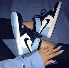 These Sneakers are really awesome. sneakers best sneakers, best sneakers 2019 , sneaker best sneakers 2019 women's, hottest sneakers best shoes best sneakers of all time winter nike mens Cool sneakers Jordan Shoes Girls, Girls Shoes, Ladies Shoes, Michael Jordan Shoes, Nike Air Shoes, Nike Air Max, Nike Shoes Blue, Nike Air Jordans, Nike Jordans Women