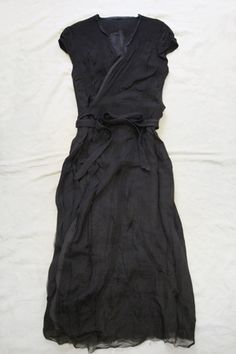 HUT UP Wrap Dress  40% Merino Wool, 30% Silk, 30% Cotton / Made in Germany / available in: Black