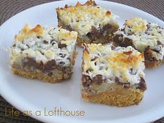 Hello Dolly Bars - Life In The Lofthouse Used to make these, had forgotten about them! Easy to make and a crowd pleaser.