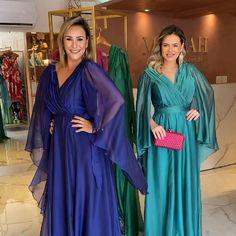 Dressy Dresses, Party Wear Dresses, Beautiful Dress Designs, Beautiful Dresses, Indian Designer Outfits, Designer Dresses, Look Fashion, Runway Fashion, Long Sequin Dress