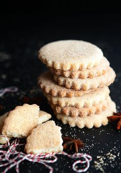 Biscochitos Recipe: Traditional New Mexican Cookies – Some the Wiser – The Best Christmas Cookies Mexican Pastries, Mexican Sweet Breads, Mexican Bread, Mexican Dishes, Mexican Food Recipes, Cookie Recipes, Dessert Recipes, Mexican Buffet, Spanish Dishes