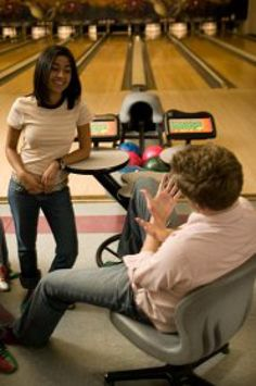 10 Totally Fun and Cheap Date Ideas for Teens: Go Bowling