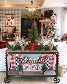 """Modern Farmhouse Decor & DIY: """"Yesterday was my husband Bill and my wedding anniversary. 💑 We celebrated by taking one of our sons to the movies to see 'Midway. Diy Christmas Mantel, Christmas Garden, Farmhouse Christmas Decor, Modern Farmhouse Decor, Outdoor Christmas, Country Christmas, Christmas Home, Christmas Decorations, Holiday Decor"""