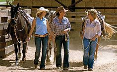 Cowgirl Magazine : Inspiring the Modern Western Lifestyle, Fashion, Horses, Beauty Tips, Homes, Travel and Cowboys