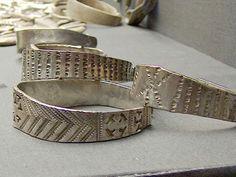 Medieval Jewelry, Viking Jewelry, Medieval Art, Viking Rings, Roman Jewelry, Viking Bracelet, Norse Vikings, Viking Art, Dark Ages