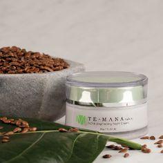 Steidl-Noni: Morinda TeMana Noni Brightening cares for your facial skin optimally for Tahitian Noni, Noni Juice, Noni Fruit, Natural Health, The Balm, Snacks, Cream, Cookies, Healthy
