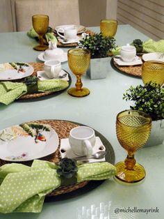 Monte a sua mesa com as mais belas taças, sugestões  Lojas Domi. http://www.domi.com.br/copos-e-tacas-102.aspx/u