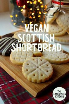 Traditional Scottish shortbread made vegan with 4 simple ingredients! Easy to make and a delight to eat. Buttery, melt-in-the-mouth biscuits that are a treat all year round, but especially delicious for the festive period! Vegan Treats, Vegan Foods, Vegan Dishes, Vegan Christmas Cookies, Christmas Baking, Christmas Parties, Christmas Treats, Christmas Biscuits, Vegan Christmas Desserts