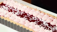 Iced VoVo tart: Transforming a biscuit into a decadent dessert - ABC Life Easy Cheesecake Recipes, Tart Recipes, Sweet Recipes, Slab Cake, Shortbread Biscuits, Raspberry Sauce, Plated Desserts, Gourmet Desserts, Creative Food