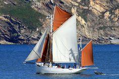 """""""Biche"""".  Dernier thonier à voile français de l'ile de Groix construit en 1934. Last French sailing tuna fishing boat of the Groix island built in 1934."""