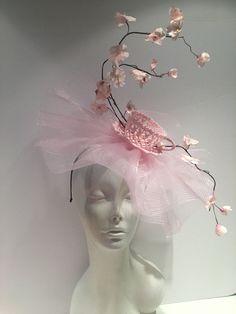 Lilac Fascinator, Fascinator Hats, Halloween Headband, Holiday Hats, Tea Party Hats, Crazy Hats, Fancy Hats, Pink Petals, Kentucky Derby Hats
