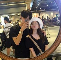 Johnny and y/N getting coffee , she is made that she is so short in the mirror and kneels on a chair, it doesn't help much tho Couple Ulzzang, Ulzzang Girl, Korean Aesthetic, Couple Aesthetic, Korean Couple, Best Couple, Cute Couples Goals, Couple Goals, Parejas Goals Tumblr