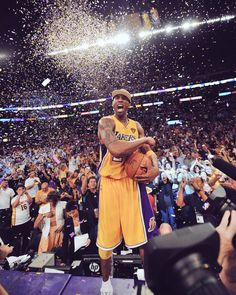 Kobe Bryant Lakers Nba Champion Pictures and Photos - Getty Images Lakers Kobe Bryant, Kobe Bryant Dunk, Los Angeles Lakers, Nba Pictures, Stock Pictures, Music Pictures, Kobe Mamba, Kobe Bryant Family, Kobe Bryant Pictures