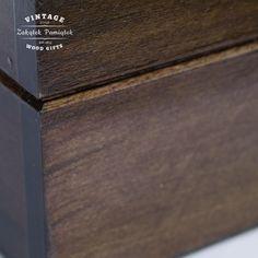 polakierowane pudełko drewniane, zakątek pamiątek