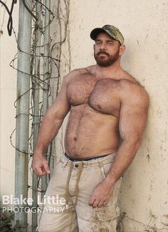 Hairy hunky masculine daddy types I would love to meet so they could hold me in their arms. If you're out there let me know. Maybe we could chat? Contact Dad seeker.