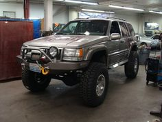 Jeep ZJ - Hanson Front Bumper with Iceland Flares