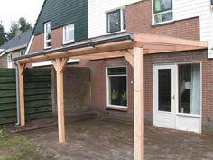 Terrasoverkapping Veranda van Lariks hout met aluminium profielen M20 en polycarbonaat platen helder of Opaal zonwerend 16mm<br /> incl. 2 staanders met schoren