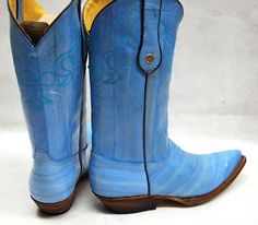I would totally wear blue boots