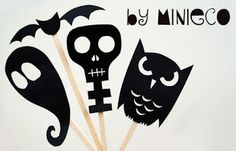 Halloween Shadow Puppets - MollyMoo - crafts for kids and their parents Fete Halloween, Halloween Goodies, Halloween Crafts For Kids, Halloween Activities, Spirit Halloween, Holidays Halloween, Spooky Halloween, Halloween Decorations, Halloween Templates