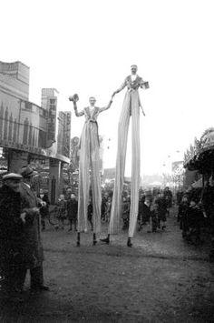 Lionel Bathe photograph, Birmingham Onion Fair, :: National Fairground and Circus Archive Old Circus, Circus Art, Night Circus, Old Pictures, Old Photos, Vintage Photos, Vintage Photographs, Vintage Carnival, Vintage Circus