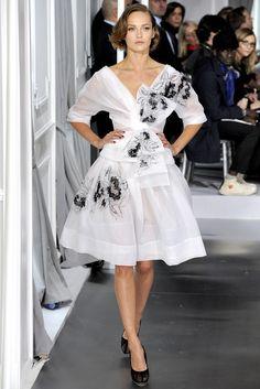 Christian Dior Spring 2012 Couture Fashion Show - Karmen Pedaru (IMG)