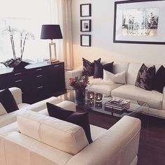I've been looking for an alternative living room set up! I like this a lot