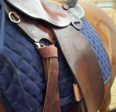 How to Tie a Western Cinch: A Photo Guide