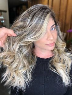 Beautiful hairstyles with side-swept bangs for long hair. Plenty of ideas how to style your already beautiful long hair with fringes or bangs. Side Bangs With Long Hair, Braids For Long Hair, Long Curly Hair, Braid Hair, Thin Hair, Hair Regrowth Shampoo, Anti Hair Loss Shampoo, Thickening Shampoo, Office Hairstyles