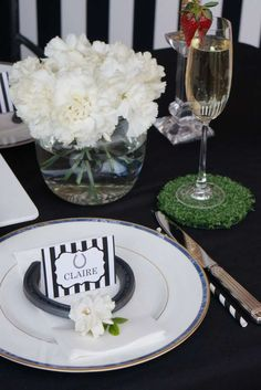 Horse racing party place settings!  See more party ideas at CatchMyParty.com!