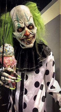 Trans World 2015 clown prop
