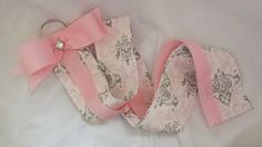 Pink and Gray Damask Bow Holder by EverlastingsBySue on Etsy Boutique Bows, Pink Grey, Gray, Damask, Hair Bows, Trending Outfits, Unique Jewelry, Handmade Gifts, Bow Holders