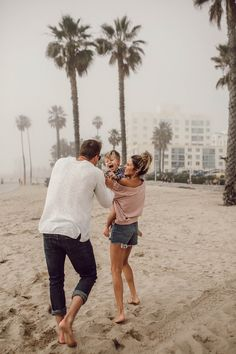 Love Relentlessly 5 Habits That Drive Cody Crazy Hello Fashion Cute Family, Baby Family, Family Goals, Family Kids, Young Family, Beautiful Family, Hello Fashion Blog, Fashion Blogs, Fashion Fashion