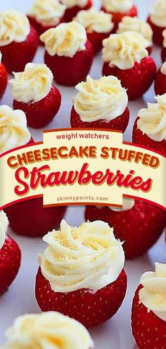 Cheesecake Stuffed Strawberries come with only 1 weight watchers Smart Points - Healthy Dessert Weight Watchers Cheesecake, Dessert Weight Watchers, Weight Watchers Meals, Weight Watchers Appetizers, Weight Watchers Smart Points, Strawberry Cheesecake, Strawberry Recipes, Cheesecake Stuffed Strawberries, Recipes