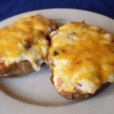 We have the best Twice Baked Potatoes recipes. Just A Pinch has quick, simple, easy to make recipes for Twice Baked Potatoes. Get real recipes from real cooks. Recipe For Twice Baked Potatoes, Twice Baked Potatoes Casserole, Baked Potato Recipes, Cheesy Potatoes, Food Dishes, Side Dishes, Potato Dishes, Main Dishes, Pasta Dishes