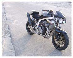 """Da Funk"" GSXR 1260 by www.paulfunkdesign.com Gsxr 1100, Street Tracker, Custom Motorcycles, Old Skool, Street Fighter, Sport Bikes, Cafe Racers, Frankenstein, Classic"